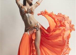 Польза занятий танцами живота