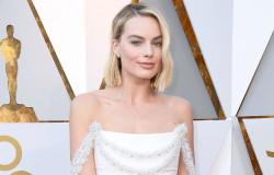 Марго Робби безупречна в белом платье