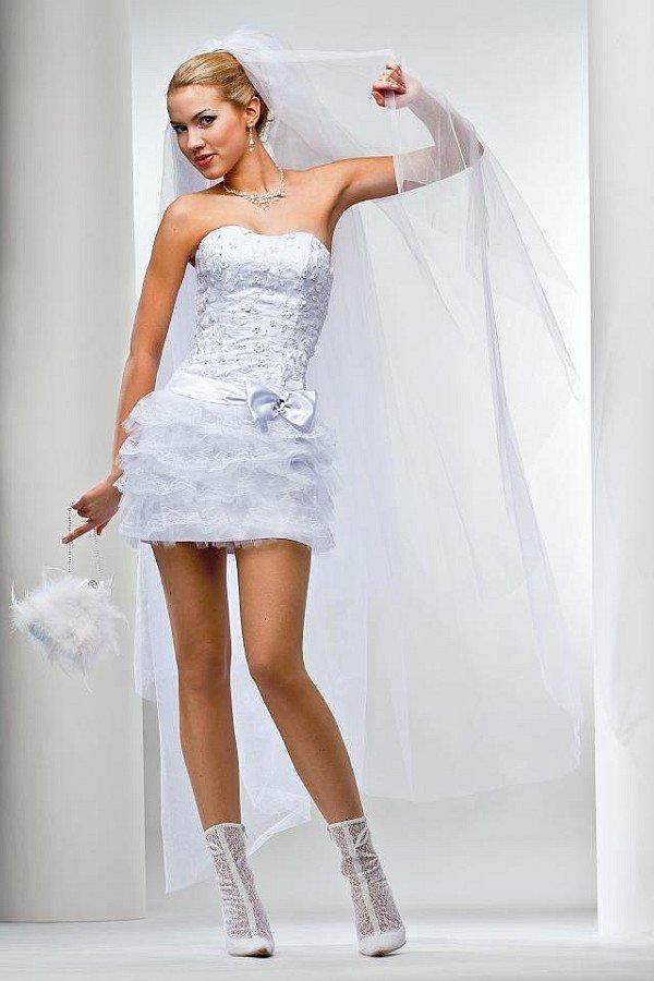 Короткое свадебное платье2