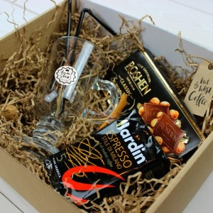 Подарочная коробка с продуктами