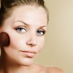 Как визуально сделать лицо худым с помощью макияжа и прически